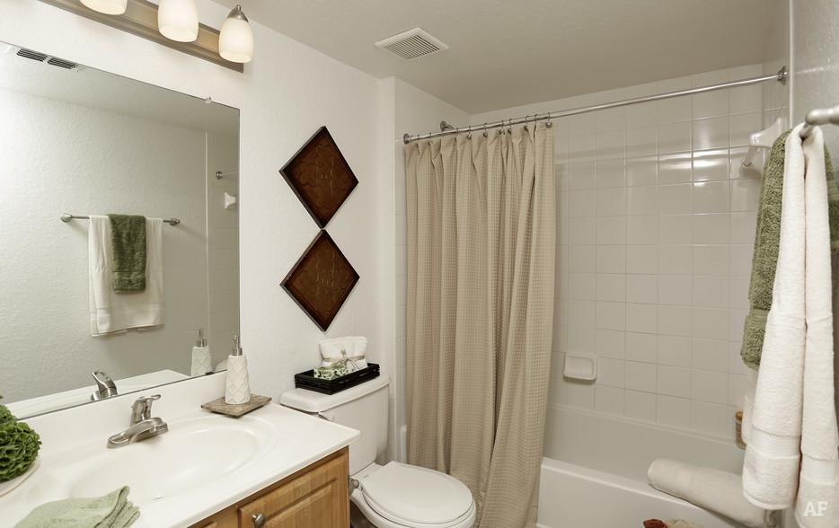 Second Bathroom - Arrow Ridge