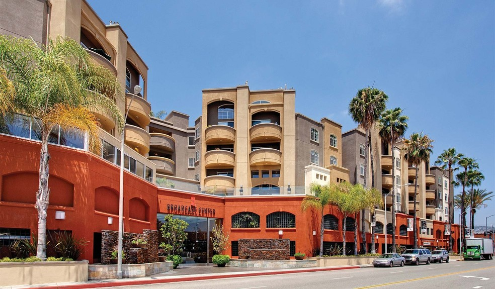 broadcast center apartments 7660 beverly blvd los angeles ca