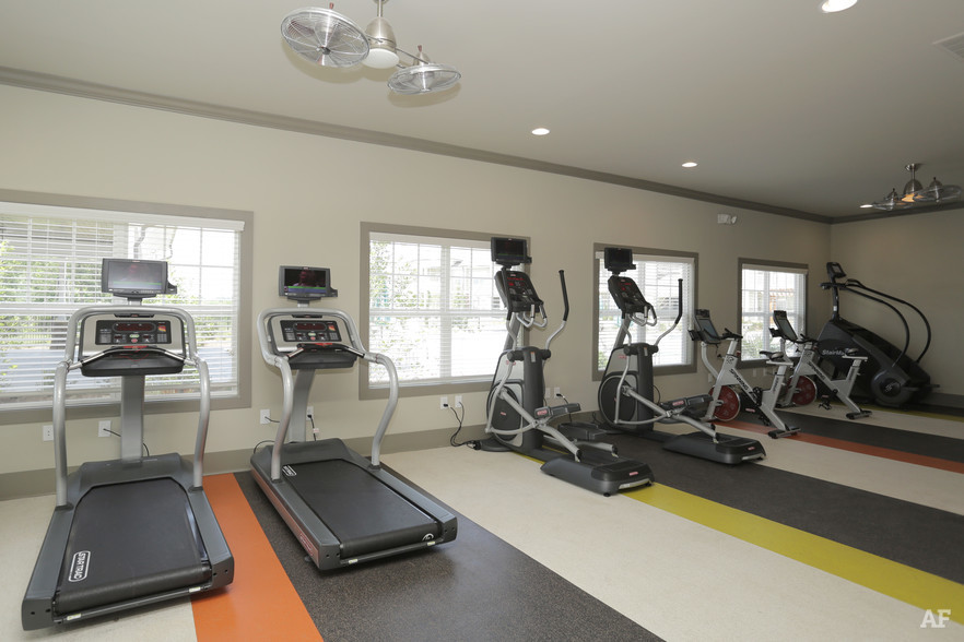 Fitness Center - THE MERIDIAN AT REDWINE