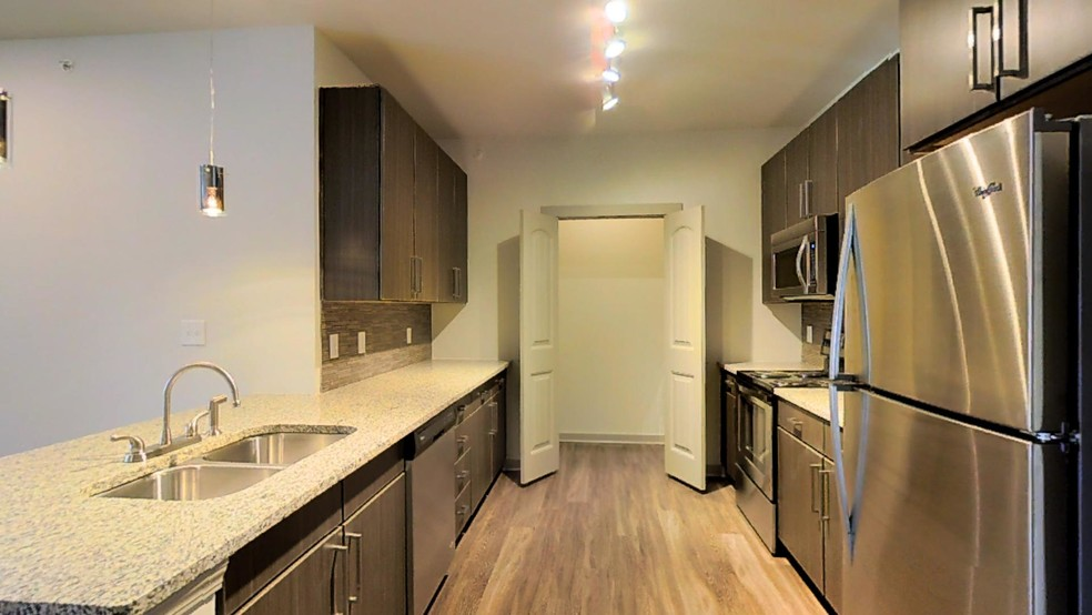 3BR, 2BA - 1,488 SF - THE MERIDIAN AT REDWINE