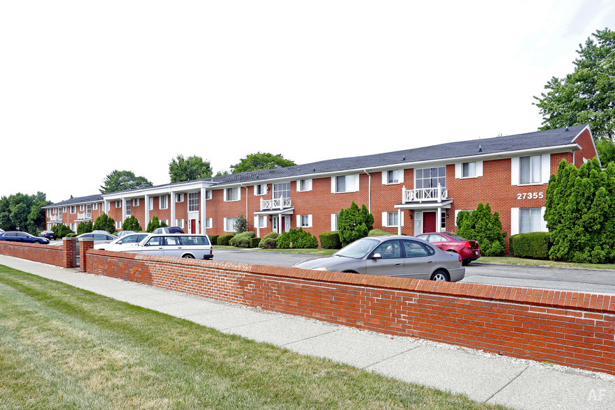 Building Photo - Georgetown Manor Apartments