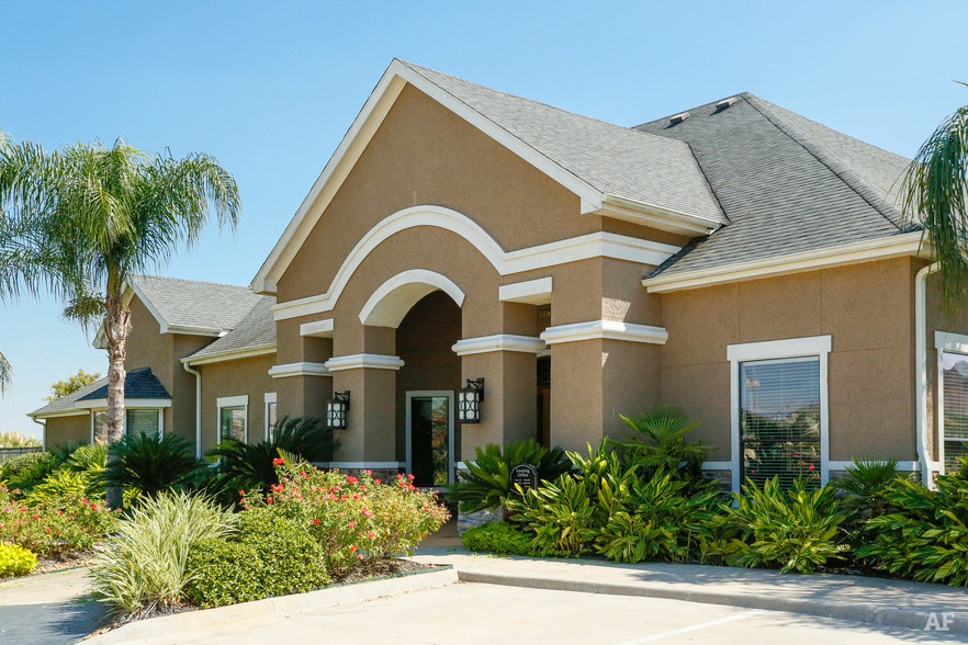 Leasing Office - Stonepost at Shadow Creek Ranch