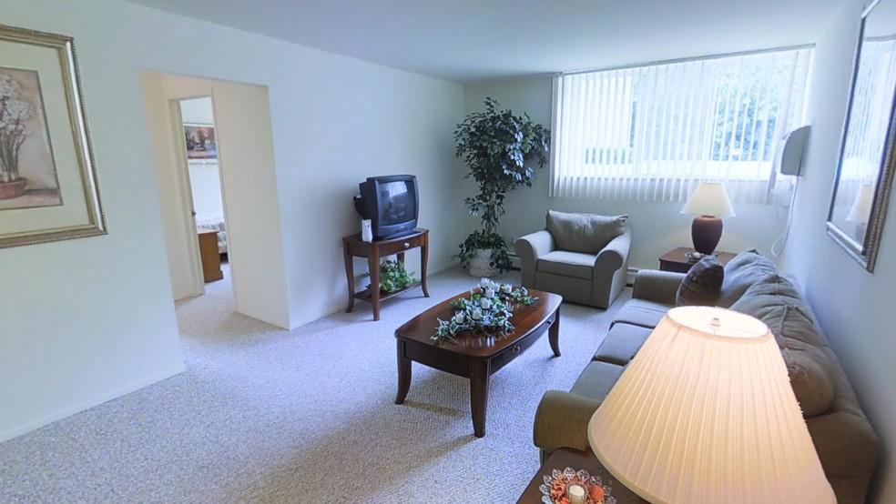 Hines Park Apartments