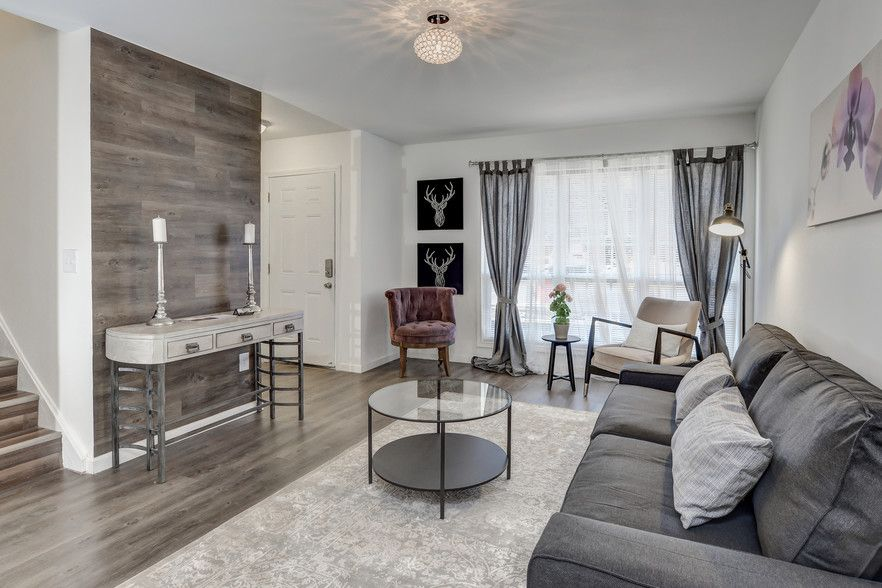 Primary Photo - Golden Gate Townhomes