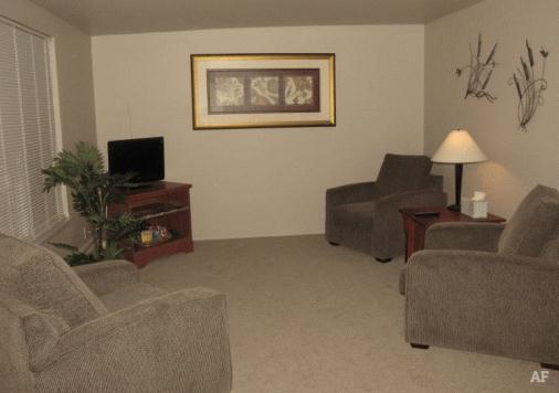 Living Room - Wildwood Apartments