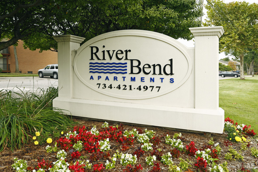 Entrance - River Bend Apartments