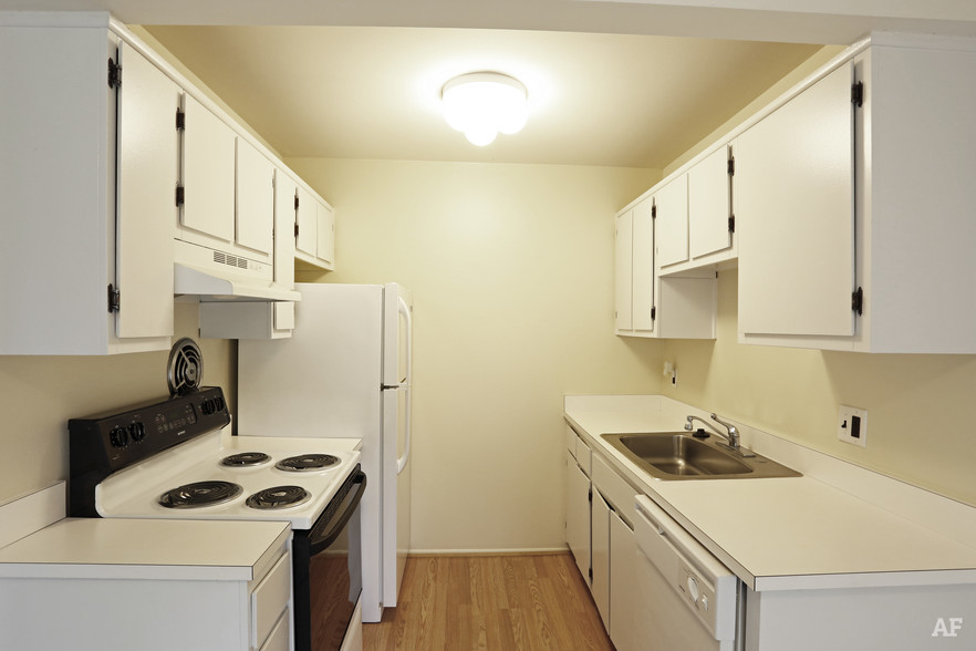Two Bedroom - Kitchen - River Bend Apartments