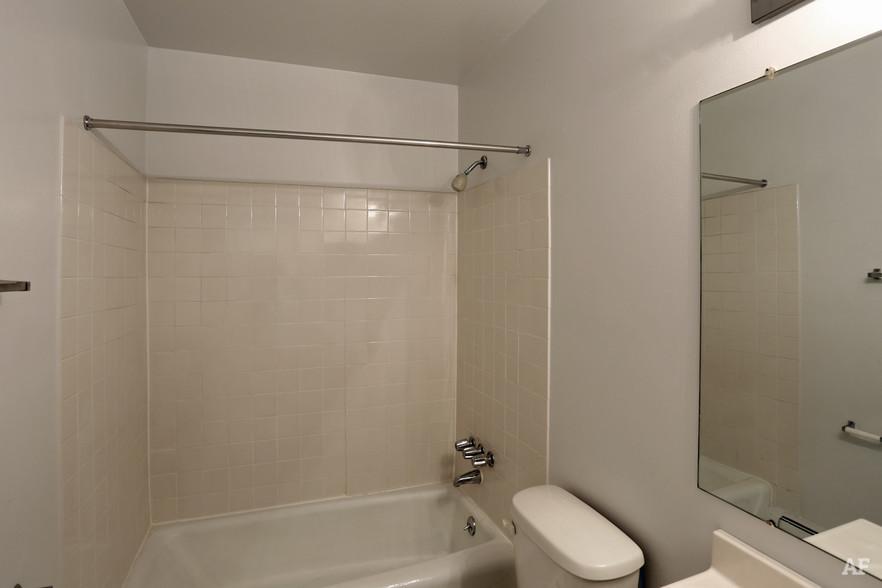 Two Bedroom - Bathroom - River Bend Apartments