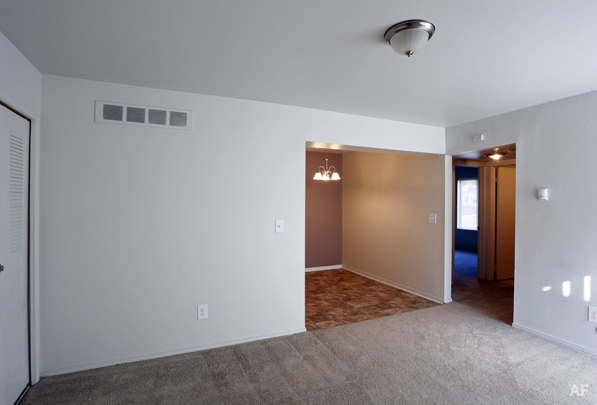 Interior Photo - Pointe West Apartments