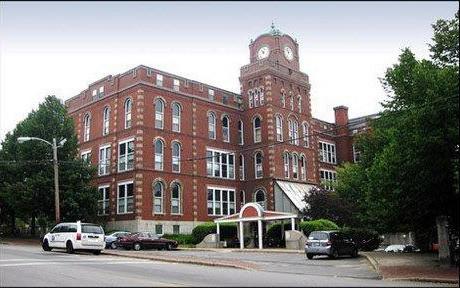 North School Apartments for Seniors
