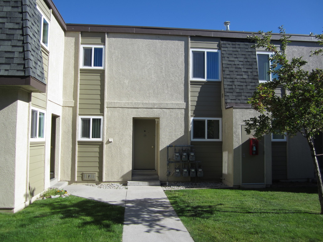 Foothill Garden Apartments