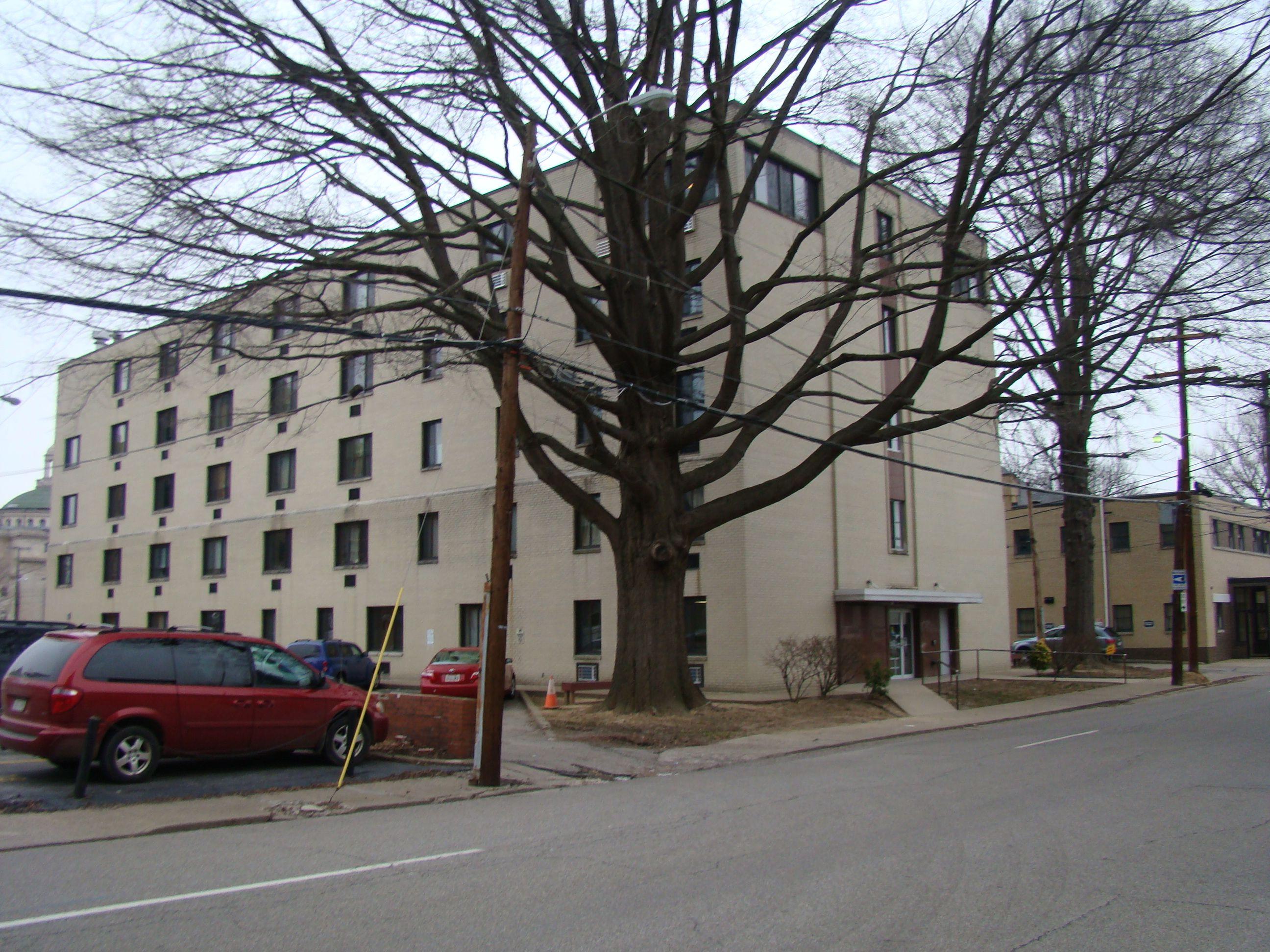 Brooks Manor