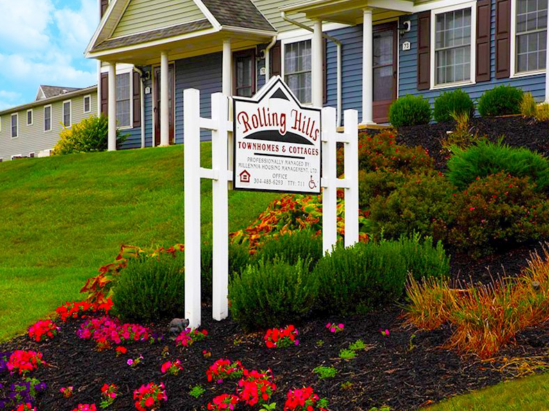 Rolling Hills Townhomes and Cottages