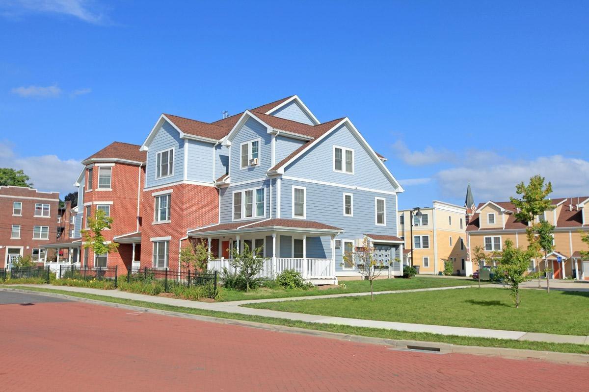 Dutch Point Apartments