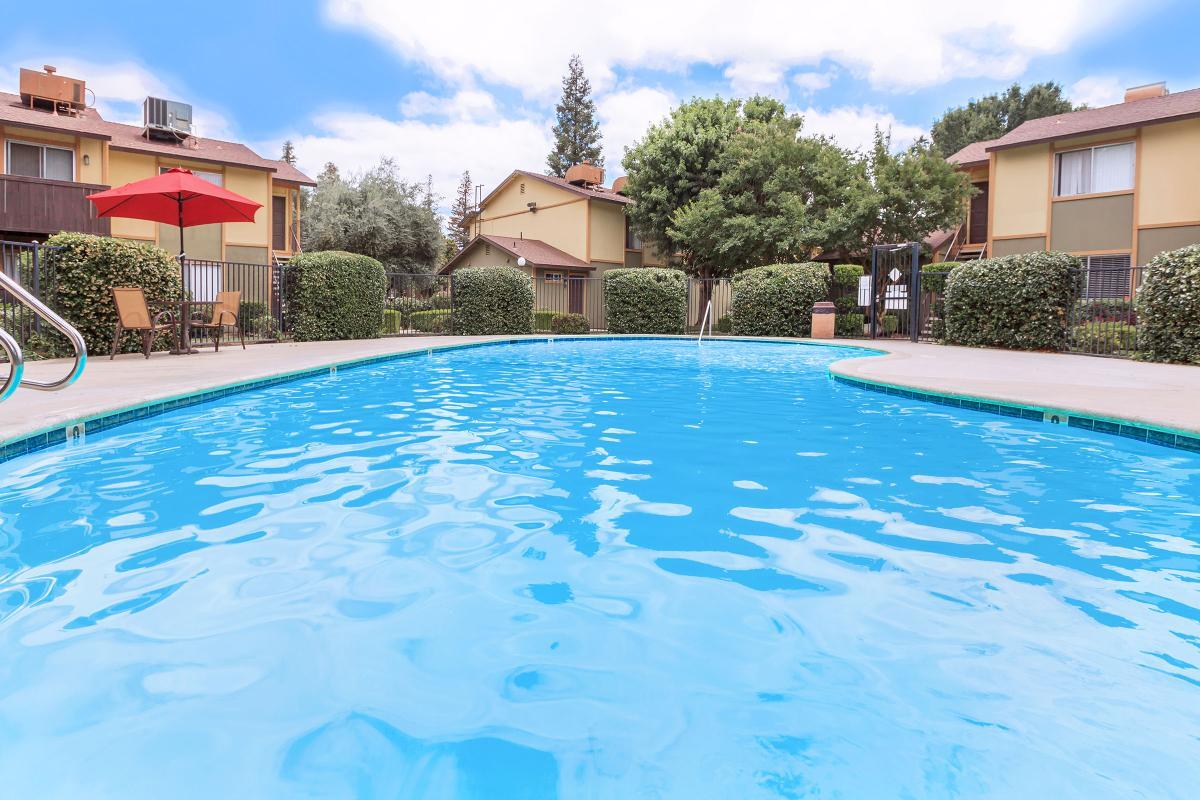 Santa Rosa Apartments | 901 W Columbus St, Bakersfield, CA ...