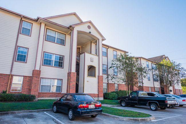 Cullen Park Apartments