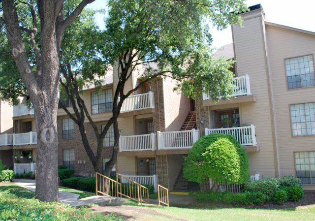 The Grove at Rosewood Apartments