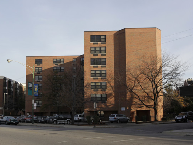 Fullerton Court Apartments