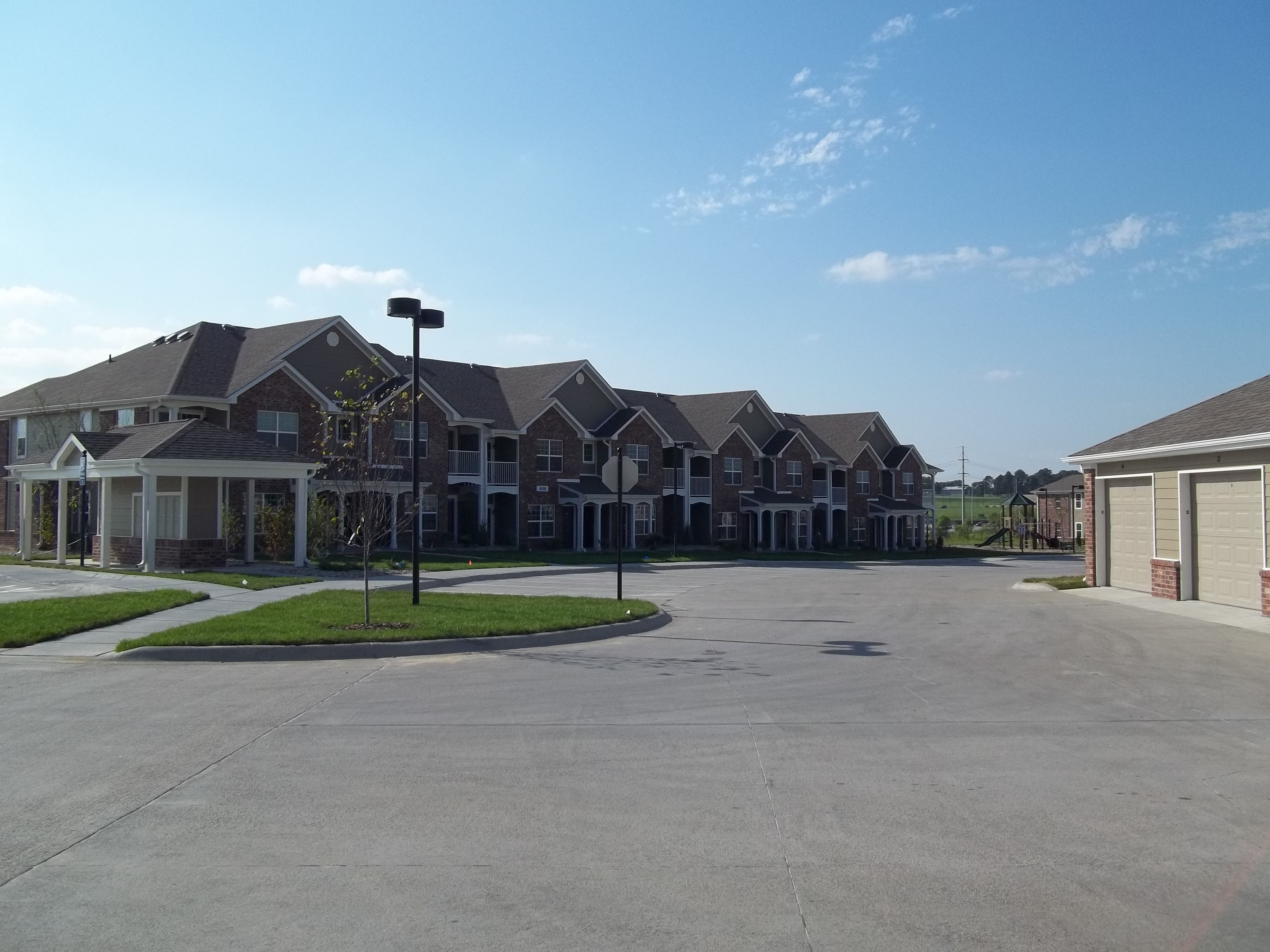 Appleton Apartment Homes | 8600 Leighton Ave, Lincoln, NE ...