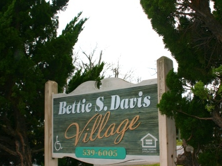 Bettie Davis Apartments